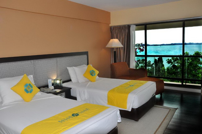 Batam View Deluxe Room (Twin Bed)