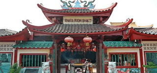 One Day Batam Temple Tour