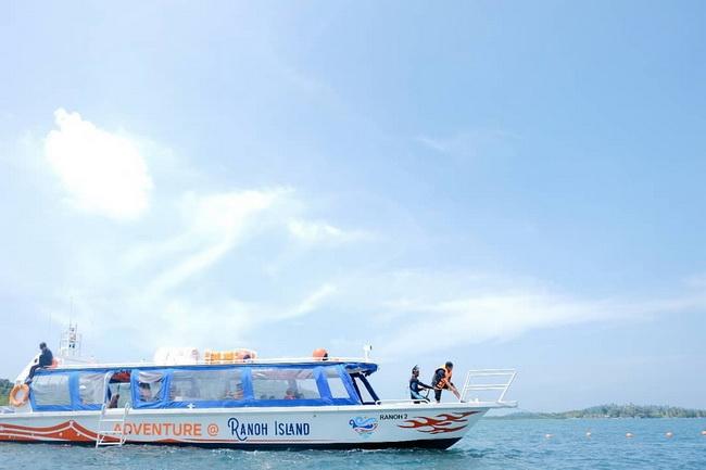 Speedboat to Ranoh Island